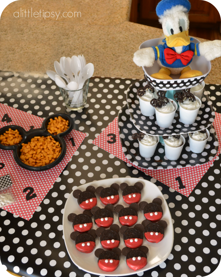 Mickey Mouse Oreos Dessert